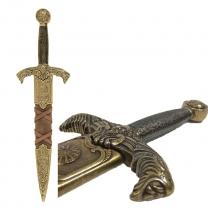 Кинжал в ножнах Короля Артура