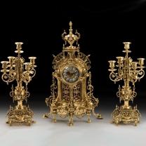 Часы каминные Нотр-Дам с канделябрами на 5 свечей, 3 предм.