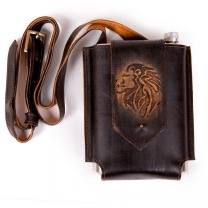 Фляжка в кожаной сумке Лев 0,75л. (темн.)