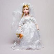 Кукла фарфоровая Mэгги